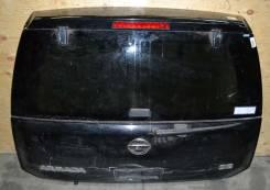 Дверь багажника. Nissan Armada