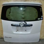 Спойлер на заднее стекло. Toyota Ractis, NCP100, SCP100, NCP105