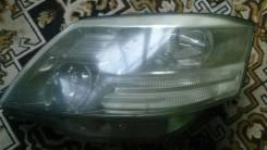 Фара. Toyota Alphard, MNH15