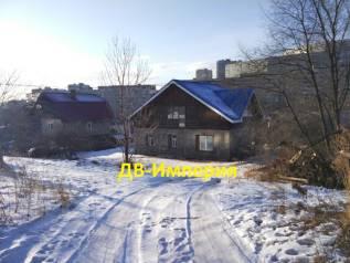 Продается дом с земельным участком. Переулок Высоковольтный 6, р-н 64, 71 микрорайоны, площадь дома 150 кв.м., скважина, электричество 15 кВт, отопле...