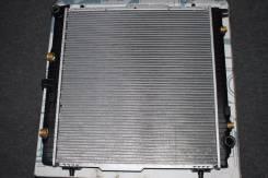 Радиатор охлаждения двигателя. Mercedes-Benz G-Class, W463