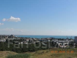 Участок в центре Феодосии с видом на море. 1 000 кв.м., собственность, электричество, вода, от частного лица (собственник). Фото участка