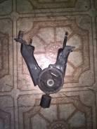 Подушка двигателя. Toyota Celica, ZZT231, ZZT230 Двигатели: 2ZZGE, 1ZZFE
