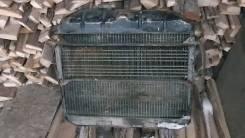 Радиатор Газ 69 .