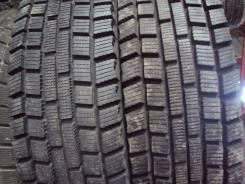 Dunlop DT-2. Зимние, без шипов, 2014 год, износ: 5%, 2 шт