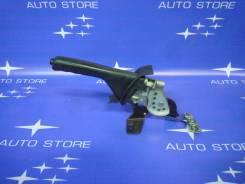 Ручка ручника. Subaru Forester, SF5, SF9 Двигатели: EJ20, EJ201, EJ202, EJ203, EJ204, EJ205, EJ20A, EJ20E, EJ20G, EJ20J, EJ25, EJ251, EJ253, EJ254, EJ...