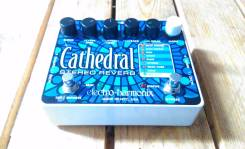 EHX Cathedral stereo delay