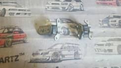 Крепление боковой двери. Toyota: Hilux Surf, Verossa, 4Runner, Passo Sette, Land Cruiser, Mark II Wagon Blit, Land Cruiser Prado, Harrier, XA, Wish, K...