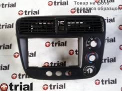 Консоль магнитофона Honda, Civic, передняя