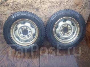 Пара колес R15.5 139.7x6 с Nissan Atlas. 6.0x15.5 5x114.30 ET0
