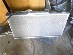 Радиатор охлаждения двигателя. Toyota Carina, ST215