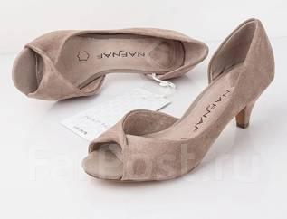 Туфли. 34, 39