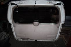 Накладка на дверь багажника. Toyota Gaia, SXM10, CXM10, SXM15 Двигатели: 3CTE, 3SFE