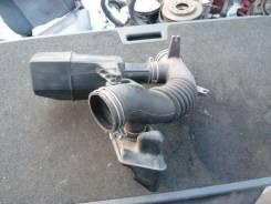 Патрубок воздухозаборника. Toyota Harrier, SXU15 Двигатель 5SFE