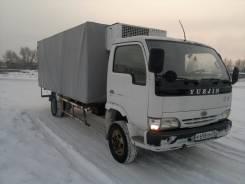 Yuejin. (Грузовой фургон) 2005 год, 4 200 куб. см., 2 500 кг.