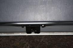 Замок двери. Toyota Ipsum, SXM10
