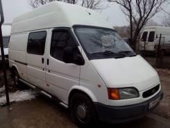 Ford Transit. , 2 500 куб. см., 3 места