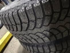 Bridgestone Blizzak Spike-01. Зимние, шипованные, 2016 год, износ: 5%, 3 шт