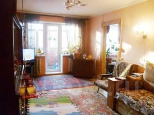 3-комнатная, улица Комсомольская 62. Центр, 14 школа, второй этаж, более 3-х лет в собственности, агентство, 57 кв.м.