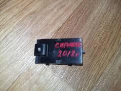 Кнопка стеклоподъемника. Chevrolet Orlando Chevrolet Cruze
