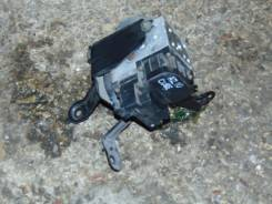 Блок abs. Nissan Cube, AZ10 Двигатель CGA3DE
