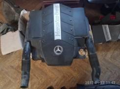 Крышка корпуса воздушного фильтра. Mercedes-Benz S-Class, W220