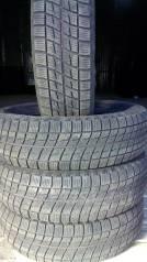 Bridgestone Ice Partner. Зимние, без шипов, 2016 год, износ: 5%, 4 шт