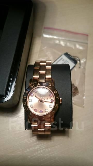 Продам часы Marc by Marc Jacobs - Аксессуары и бижутерия в Артеме cbf51b33c1702