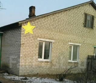 Продам 1/2 часть кирпичного дома. С. Новоникольск ул. Пионерская, р-н Уссурийский, площадь дома 66 кв.м., отопление твердотопливное, от агентства нед...