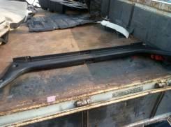 Панель замка багажника. Toyota Crown, JZS171, GS171