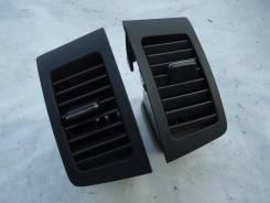 Решетка вентиляционная. Toyota Corolla Spacio, ZZE122, ZZE124, NZE121 Двигатели: 1ZZFE, 1NZFE