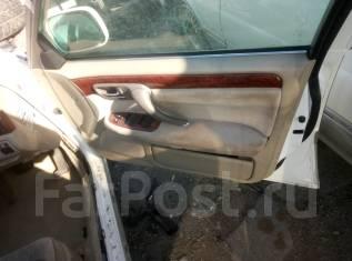Обшивка двери. Toyota Crown, JZS171 Двигатель 1JZGTE