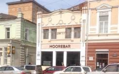Бар-кафе в центре города
