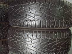 Pirelli Winter Ice Zero. Зимние, шипованные, 2013 год, износ: 40%, 2 шт