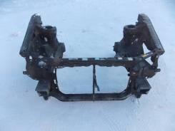 Рамка радиатора. Toyota Ipsum, SXM15