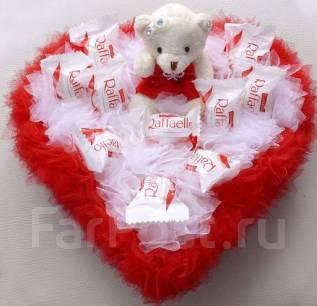 Букет конфет рафаэлло 8 марта 14 февраля торт из киндеров