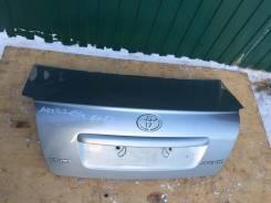Крышка багажника. Toyota Avensis