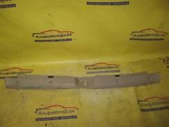 Пластик замка багажника TOYOTA COROLLA FIELDER