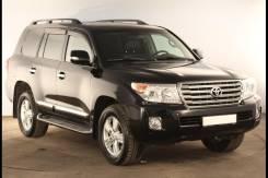 Toyota Land Cruiser. 1UR