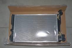 Радиатор охлаждения двигателя. Toyota Corolla, ZZE141, AZE141, ZZE142, NZE141, ZRE142 Toyota Matrix, ZRE142, AZE146, AZE144, AZE141 Pontiac Vibe Двига...
