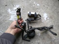 Датчик airbag. Toyota Vitz, SCP10 Двигатель 1SZFE