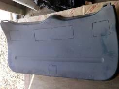 Обшивка крышки багажника. Toyota RAV4, ASA44L, ALA49L, XA40, ZSA42L, ASA42, ASA44, ZSA44L