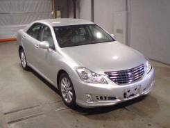 Toyota Crown. GRS200