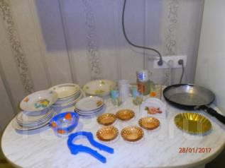 Наборы посуды, кухонного инвентаря.