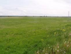 Продам земельный участок -14 Га в хуторе Ленинакан. 140 000 кв.м., собственность, электричество, вода, от агентства недвижимости (посредник)