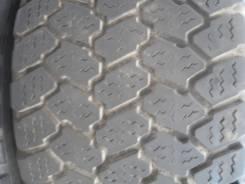 Bridgestone W940. Зимние, без шипов, 2005 год, износ: 30%, 2 шт
