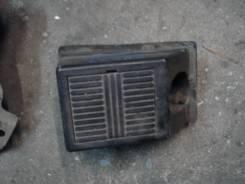 Подставка под ногу. Nissan Serena, PNC24