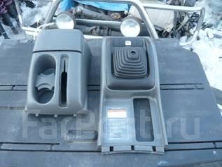 Консоль центральная. Suzuki Escudo, TA52W