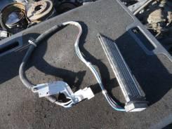 Радиатор охлаждения двигателя. Toyota Voxy, ZRR75