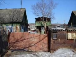 Срочно продам дом в Шкотово. Улица Красноармейская 7, р-н Шкотово, площадь дома 52 кв.м., электричество 15 кВт, отопление твердотопливное, от частног...